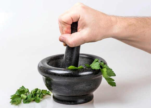 Какие витамины входят в состав петрушки?