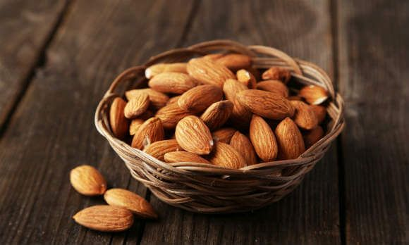 Полезный состав и калорийность ореха