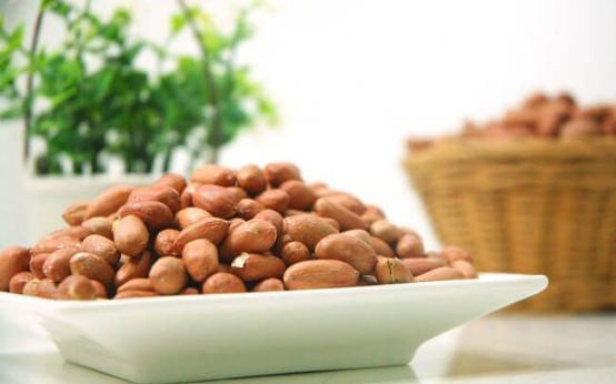 Чем полезен арахис для мужчин
