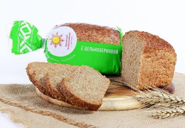 Крупы и цельнозерновой хлеб фото